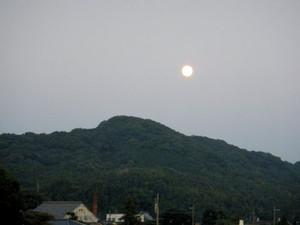 Moon_140908_1